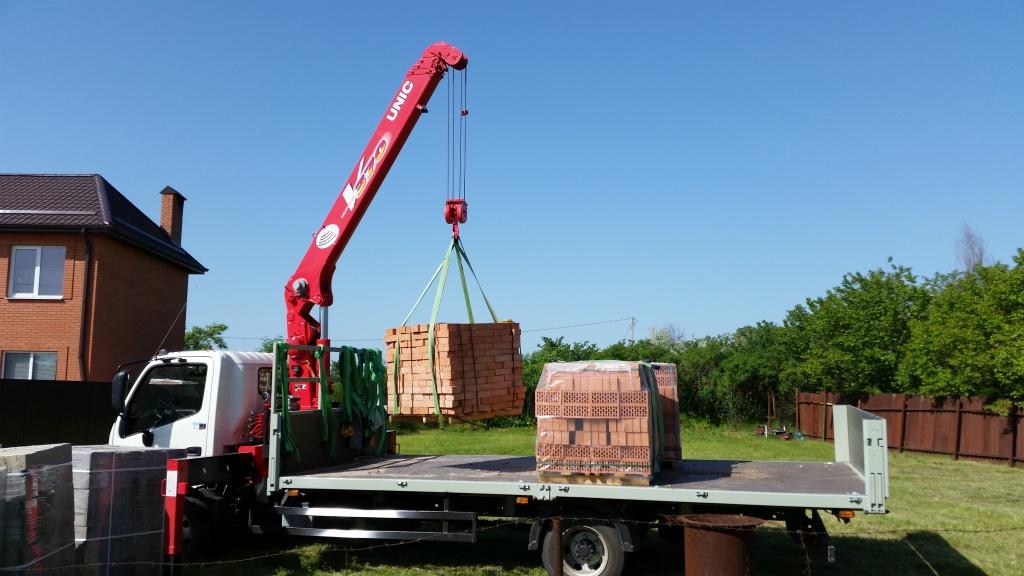 манипулятор для перевозки строительных грузов