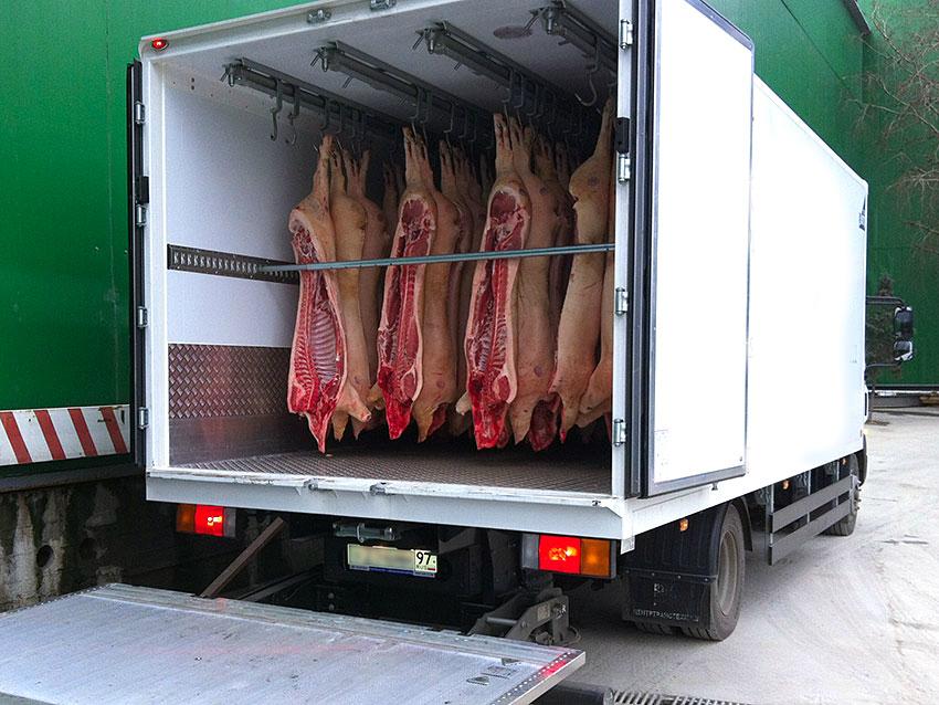 рефрижератор для перевозки мяса свинины
