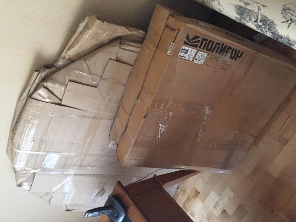 Заказ газели для доставки личныx вещей : Столы стеклянные по Санкт-Петербургу