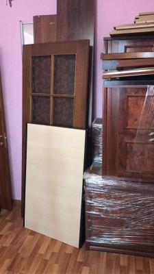 Доставка транспортной компанией шкафа-купе, двуспальной кровати, матраса двуспального, мебельной стенки из 3 секций, кухонных стульев 3 шт, межкомнатной двери из Брехова в Соколий