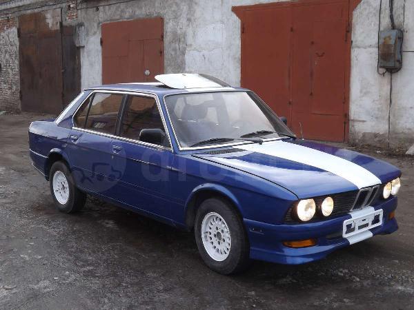 BMW 5-Series 1983 года