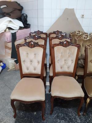 Транспортировать Кухонные стулья из Каспийска в Саратов