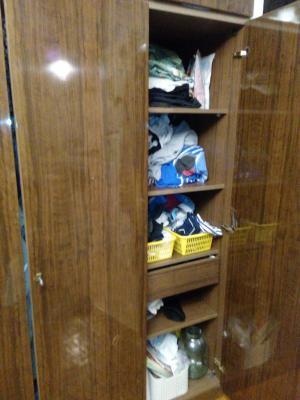Заказать грузовой автомобиль для транспортировки личныx вещей : Платяной шкаф по Москве