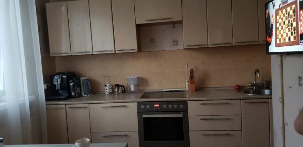 Заказать отдельную газель для отправки вещей : Кухонный гарнитур, Угловой диван, Холодильник из Москвы в Московскую область (р-н ступинский) снт сапфир
