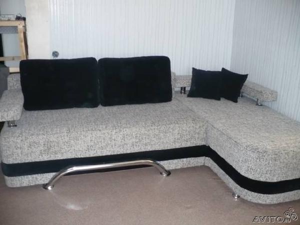 Заказать машину перевезти  угловой диван-кровать честер из Санкт-Петербурга в  Стекольный