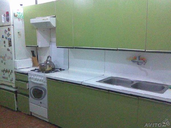 Заказать авто для отправки вещей : Кухонная стенка с мойкой из Воронежа в Отрадное