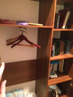 Доставка личныx вещей : Платяной шкаф, Вешалка для одежды, Стул, Стул, Журнальный стол, Журнальное кресло, Офисное кресло по Москве
