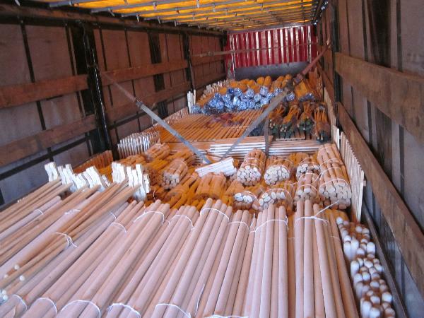 Заказать газель перевезти ручки для инструментов: черенки, топорища и т. д. из Шахуньи в Томилино.