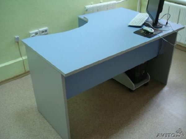 Отправить Компьютерный стол с подкатной из Казани в Ягодную Поляну
