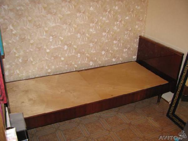 Заказ отдельной машины для транспортировки вещей : Чехословацкая кровать по Санкт-Петербургу