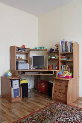 Перевозка личныx вещей : Компьютерный стол из Тюмени в Давлятовку