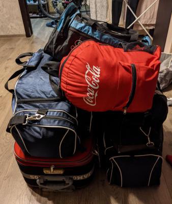 Грузовые перевозки сумок С личными вещами, ковра В рулоне на газели догрузом из Москвы в Брянск