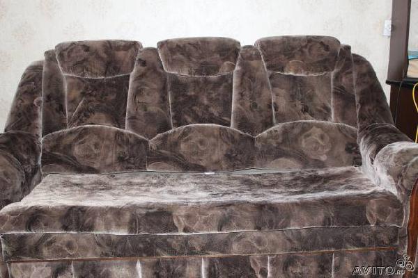 Заказать отдельную газель для перевозки личныx вещей : диван из Санкт-Петербурга в Большую Вруду