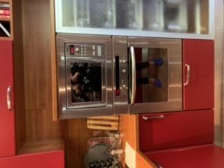 Транспортировать Кухня в разобранном виде, Холодильник двухкамерный, Электрический духовой шкаф, Микроволновая печь, Посудомоечная машина, Варочная панель, Вытяжка кухонная по Москве