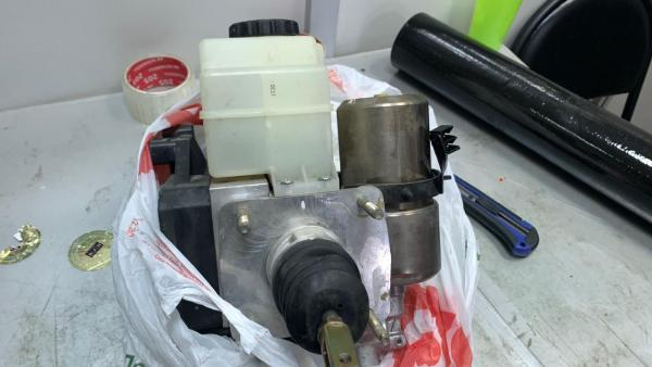 Заказ грузотакси для перевозки главного тормозного цилиндра попутно из России в Азербайджан, Баку