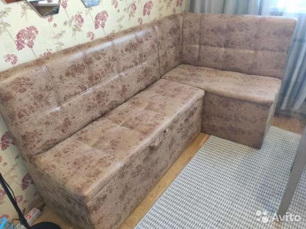 Перевозка личныx вещей : Кухонный диван из Москвы в Одинцово