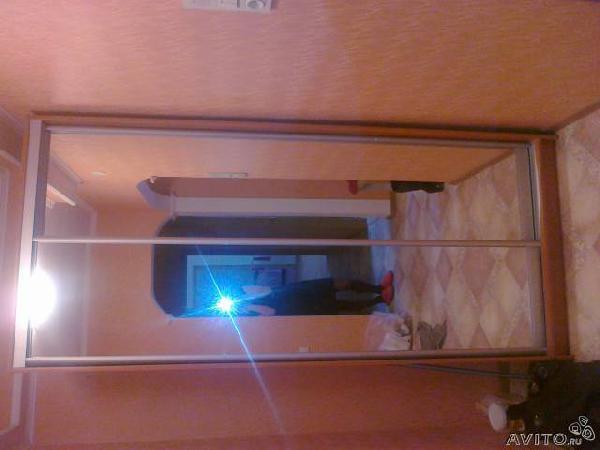 Заказ авто для доставки вещей : шкаф купе зеркальный 1м из Санкт-Петербурга в Спб