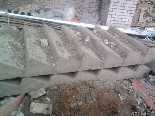 Перевезти новые бетонные блоки и перекры из Череповца в дера.мостовой