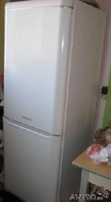 Заказать авто для доставки личныx вещей : Холодильник Ariston, экстренно по Санкт-Петербургу