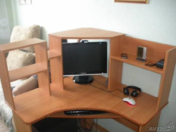 Заказать газель для отправки личныx вещей : компьютерный стол по Набережным Челнам