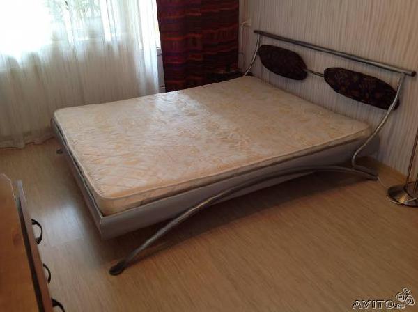 Заказ авто для транспортировки вещей : Двуспальная кровать (160х200) из Санкт-Петербурга в ленинграобл.ломонор.нразбегаево