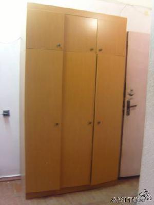Заказать авто для отправки мебели : Шкаф трехстворчатый из Санкт-Петербурга в Шушары