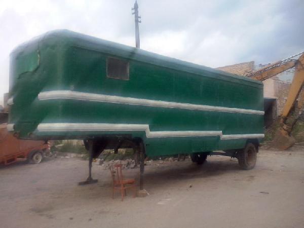 Перевезти полуприцеп вагончика кунга рс дешево из Москва в деревня тишино