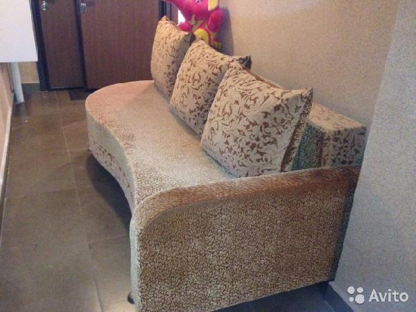 Доставка транспортной компанией дивана по Москве