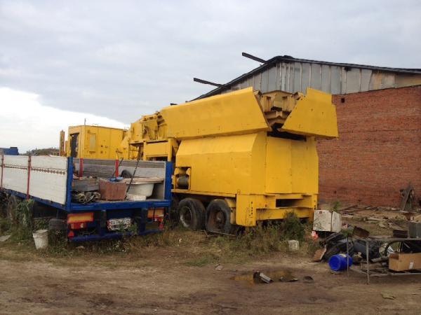 Заказ машины перевезти дробильный установка(полу-прицеп) из Железнодорожный в Бронницы