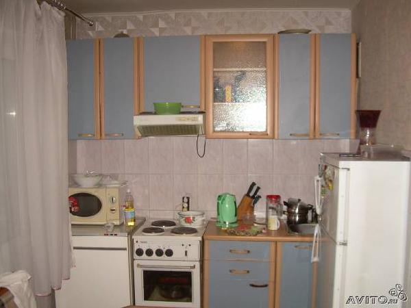 Доставка вещей : кухонный гарнитур из Красноярска в Пикалина