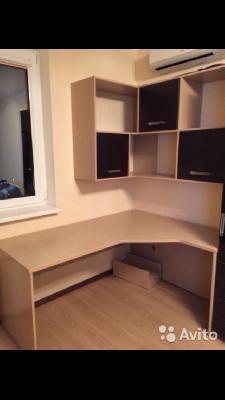 Перевозка мебель: стола, и шкафы к нему лежа по Самаре