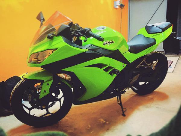 Доставка мотоцикла kawasaki ninja 300 иза Москвы в Будапешта дешево из Россия, Москва в Венгрия, Будапешт