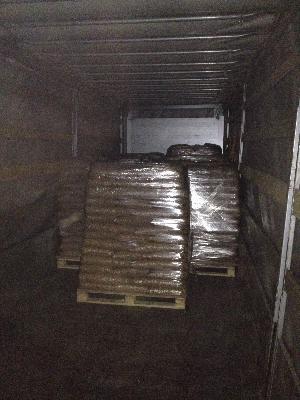 Транспортировать древесные гранулы в мешках на поддонах цена из Муром в Санкт-Петербург