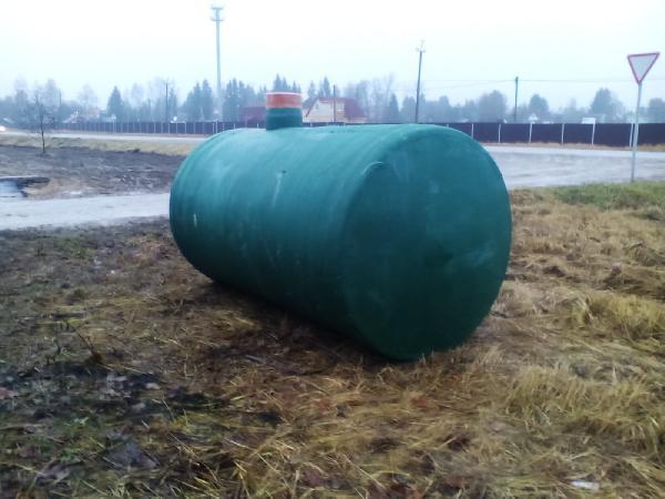 Доставка горизонтальной емкости иза стеклопластика 5м3 дешево из Гатчина в Хотьково