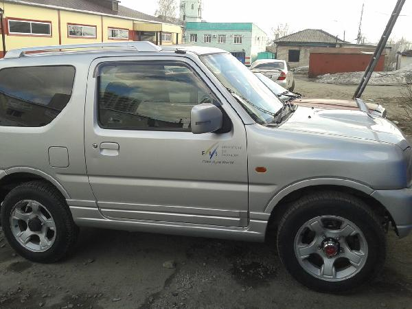Перевезти автомобиль suzuki jimny 2003 г/в из Барнаул в Москва