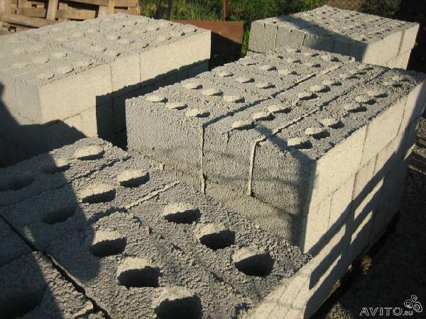 Транспортировка мебели : Блоки 40/20/20 строительные из Краснодара в Темрюкскую р-н Пересыпь