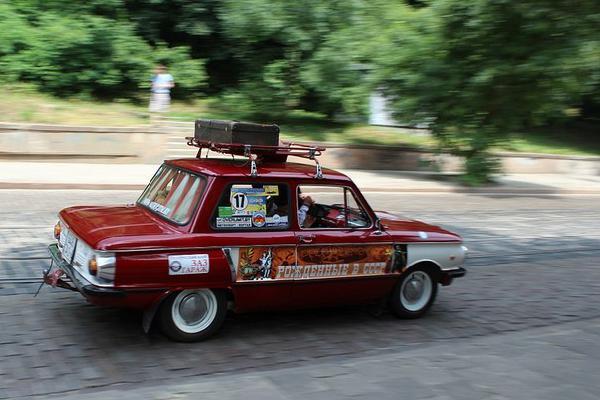 Перевозка автомобиля из Смоленск в Москва