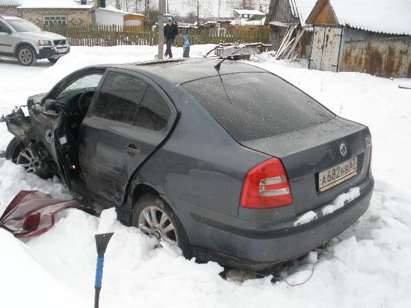 Перевозка автомобиля киа солярис / 2002 г / 2 шт из Архангельск в Москва
