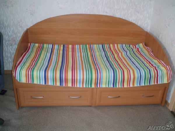 Заказ авто для доставки личныx вещей : Детская кровать по Санкт-Петербургу