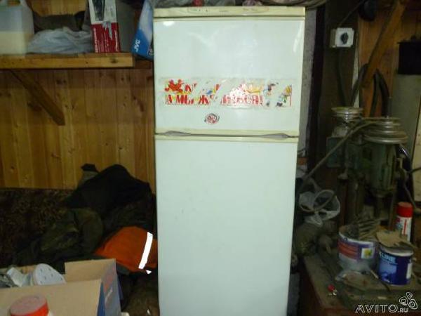 Заказать авто для транспортировки вещей : холодильник по Санкт-Петербургу