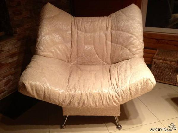 Заказ грузовой машины для транспортировки личныx вещей : Мягкая мебель из Авдона в Кафе отдых