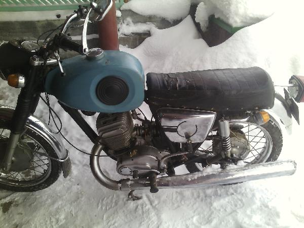 Перевозка мотоцикла из екатеренбург в Санкт-Петербург