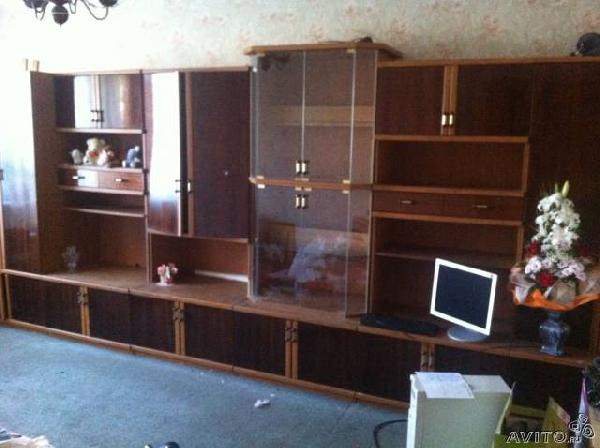 Заказать грузовую газель для доставки вещей : мебель из Санкт-Петербурга в Нового Суюша