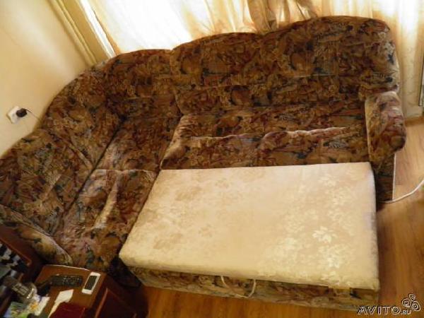 Отправить диван из Россия, Санкт-Петербурга в Соединённого Штаты, Хвайни