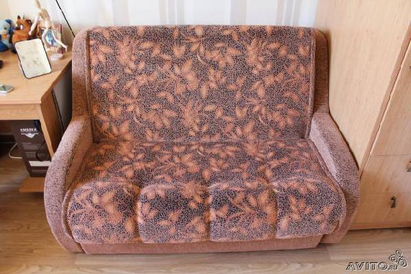 Перевозка мебели : диван из Санкт-Петербурга в Пери