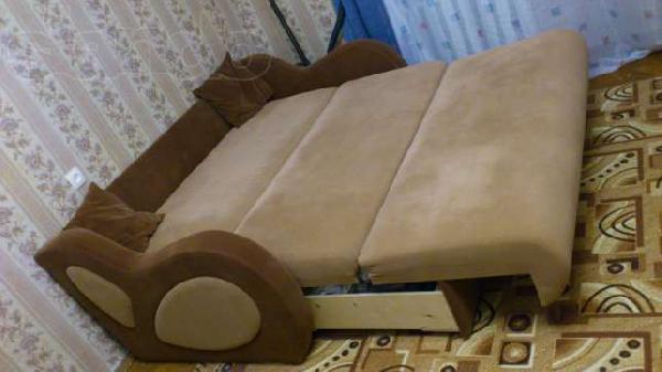 Перевозка мебели : Диван-кровать из Санкт-Петербурга в Дивенское