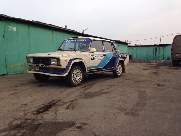 Транспортировать легковую машину на автовозе из Россия, Москва в Ирландия, Дублин