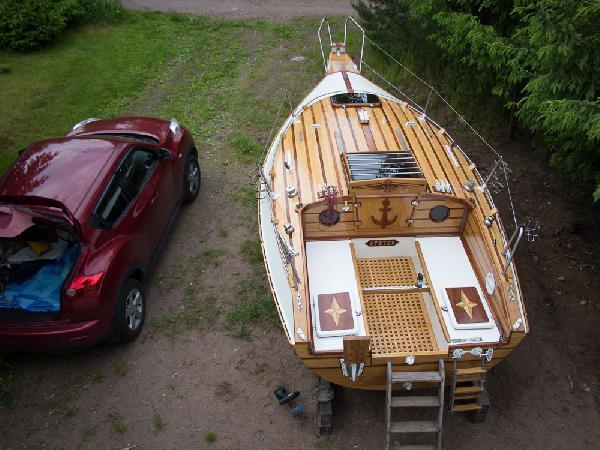 Сколько стоит доставить лодку  из Выборг Дачный поселок Гаврилово в Кабардинка
