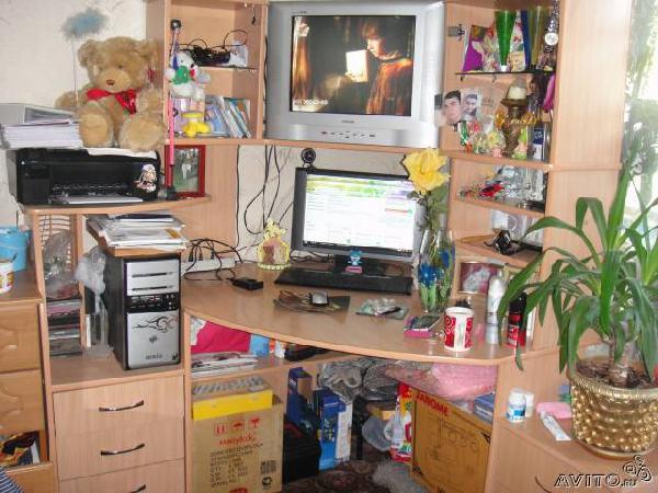 Отправка вещей : стол компьютерный из Старобжегокайского в деревню Зайково