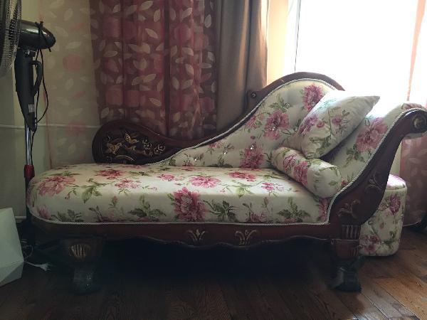 отвезти диванчик(кушетка), мебель цена догрузом из Иркутск в Братск